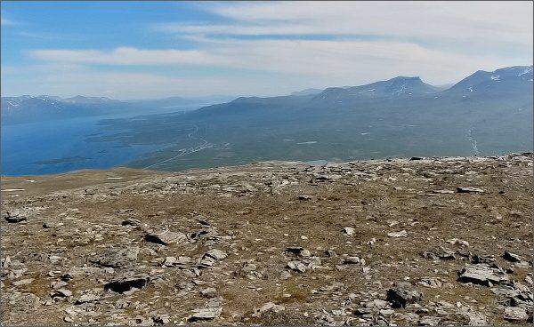 Národní park Abisko,Slåttatjåkka. Pohled k Laponské bráně