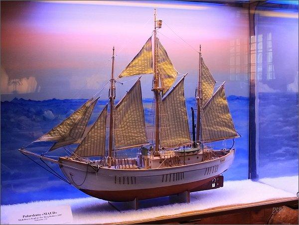 Tromsø, Polarmuseet. Model lodi Maud