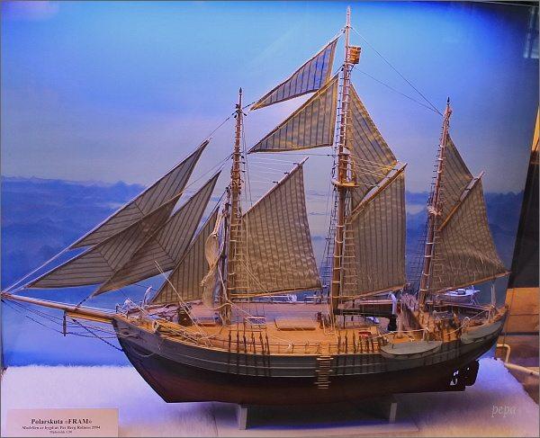 Tromsø, Polarmuseet. Model lodi Fram