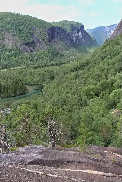 Národní park Rago. Pohled do údolí Storskogdalen