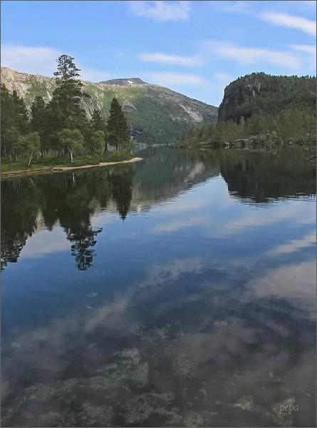 Národní park Rago. Jezero Storskogvatnet