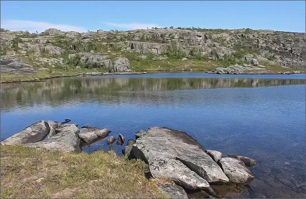 Národní park Rago. Jezero Sølvskarvatnan