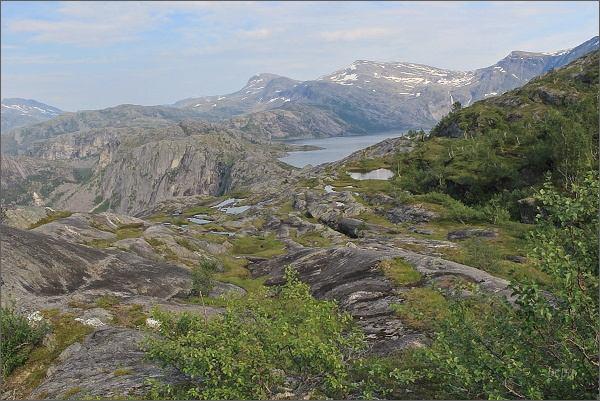 Národní park Rago. Pohled k jezeru Litleverivatnet