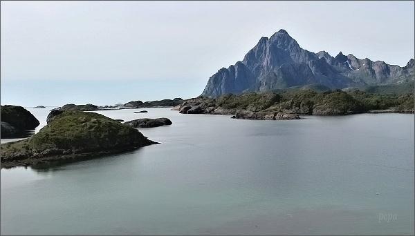 Pohled z terasy Lofotakvariet