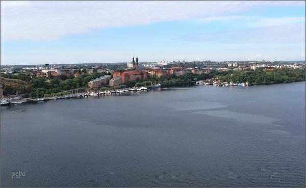 Stockholmská radnice. Pihled na kanál Riddafjärden