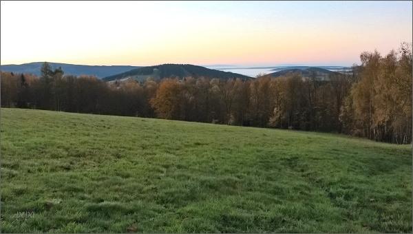 Pohled k Olověnému vrchu
