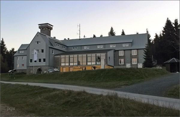 Horský hotel s rozhlednou na Aschbergu
