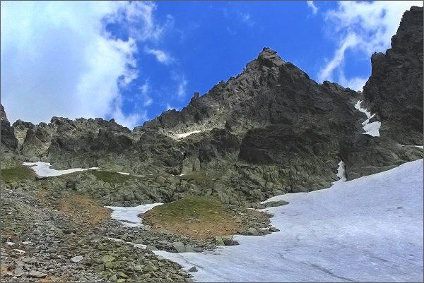 Sokolia veža nad Veľkou Studenou dolinou (Streleckými poliami)