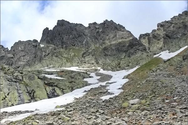 Priečna veža nad Veľkou Studenou dolinou (Streleckými poliami)