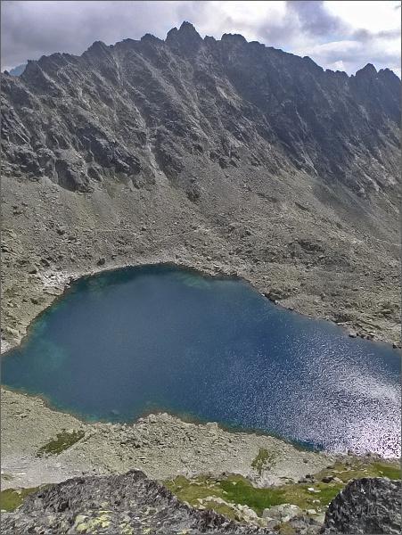 Soliskový hrebeň (nejvyšší Veľké Solisko) a Vyšné Wahlenbergove pleso