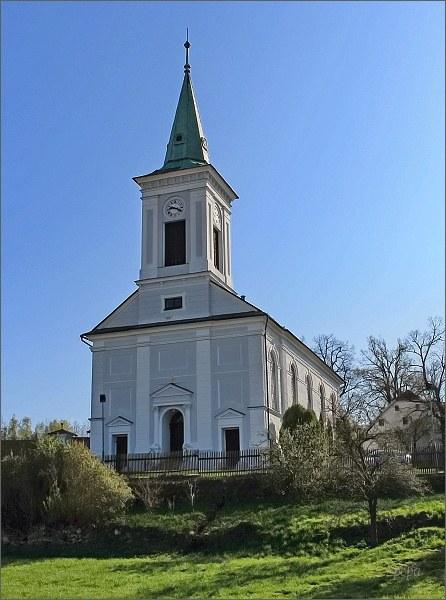 Rovečné. Kostel Českobratrské církve evangelické
