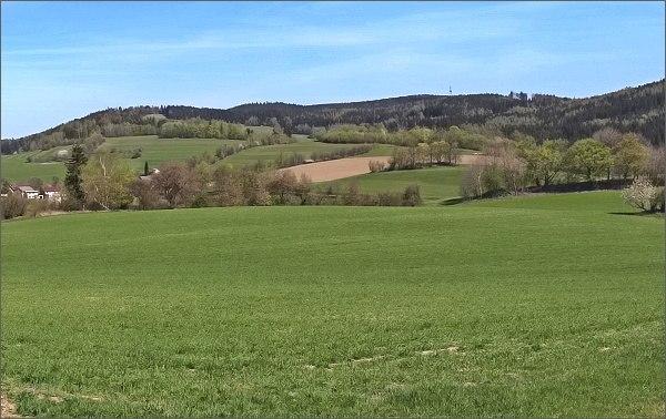 Dvory a Javorův kopec