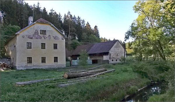 Prostřední (Hlouškův) mlýn