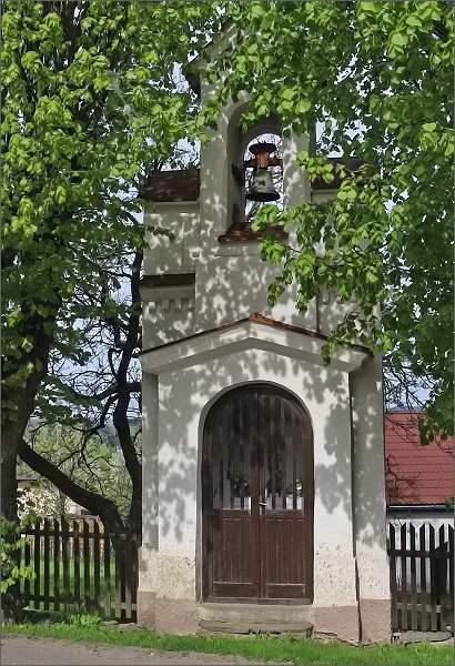 Karasín, zvonice