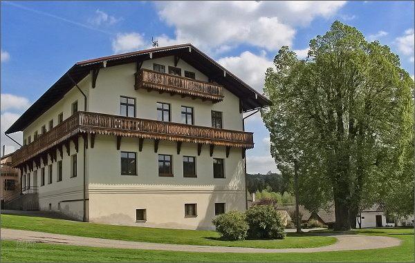 Dalečín, zámek