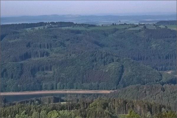 Vírská přehrada a rozhledna Karasín z Horního lesa