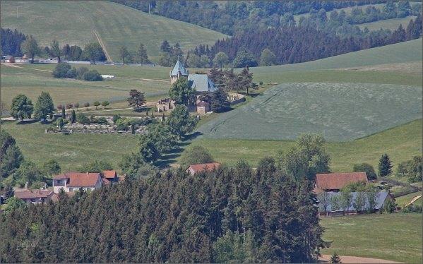 Vítochov a kostel sv. Michala z rozhledny Karasín