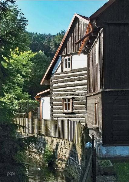 Sloup v Čechách, lidová architektura