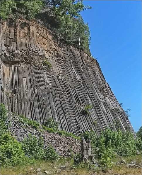 Národní přírodní památka Zlatý vrch