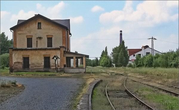 Tady čas zapomněl nádraží...