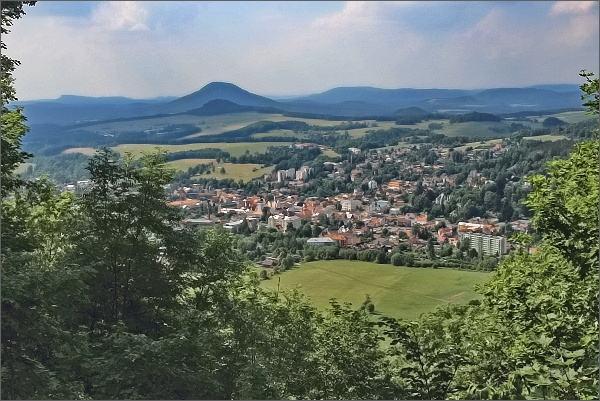 Česká Kamenice ze Zámeckého vrchu
