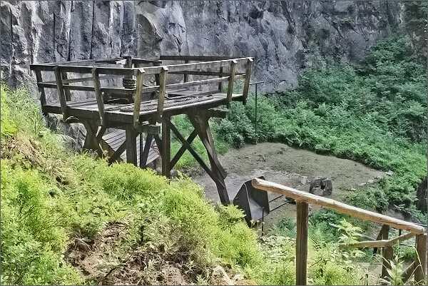 Schwarzes Loch, výstava dobové těžební techniky
