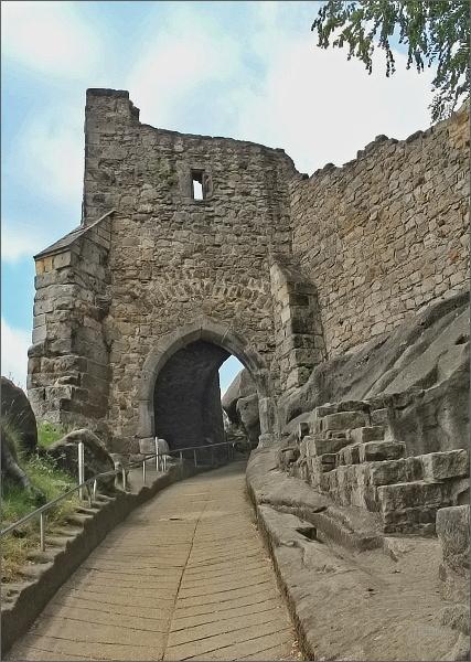 Hrad Oybin, vstupní brána