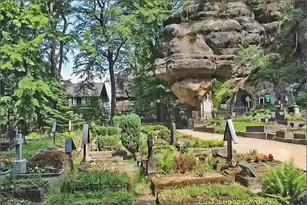 Hrad Oybin, hřbitov