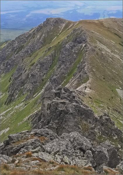 Ostré veže, Sedielkový priechod a Sedielková kopa