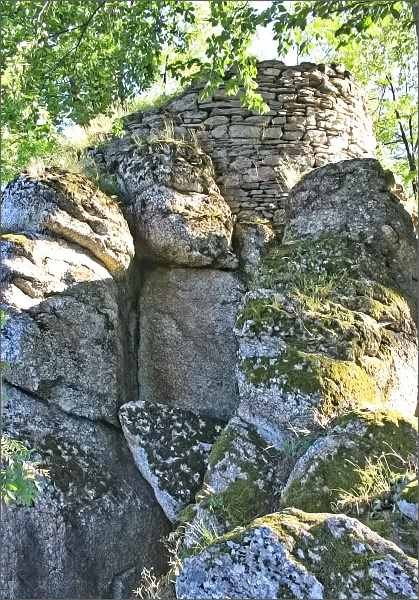 Zřícenina hradu Štarkov