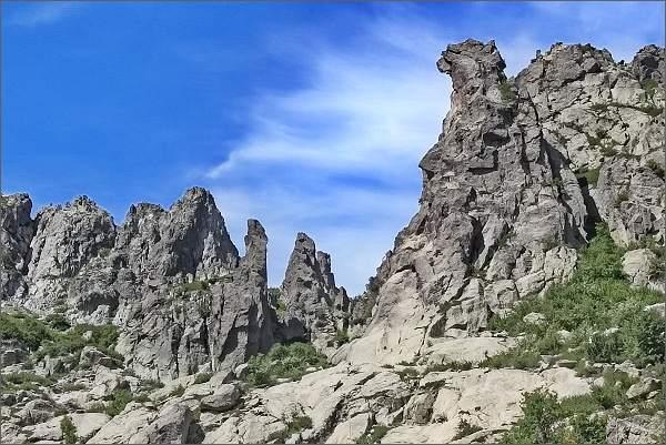 Výstup na Monte d´ Oro. Oblast skalních věží La Scala