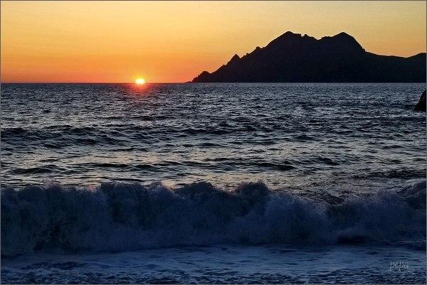 Porto, západ slunce nad Středozemním mořem
