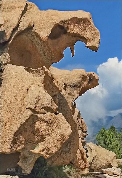 Bizarní skalní útvary v oblasti Calanche