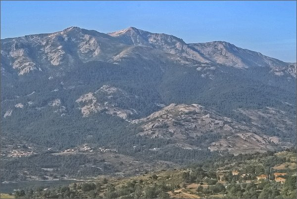 Pohled k vesnici Calacuccia