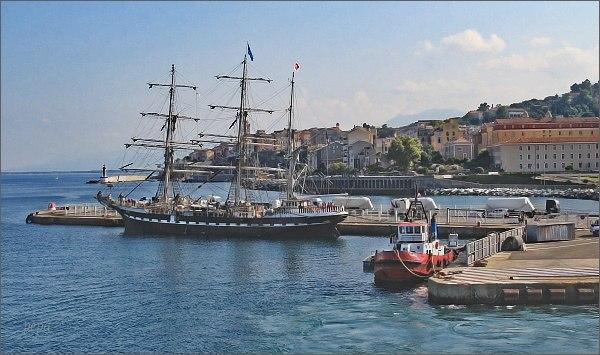 Bastia. Nový přístav