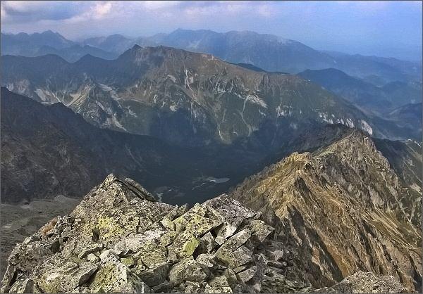 Kolový štít, pohled k Čiernej Javorovej doline