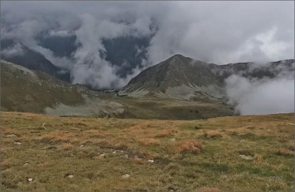 Sedlo Závory, Tichý vrch a Zadná Tichá dolina z Valentkovej