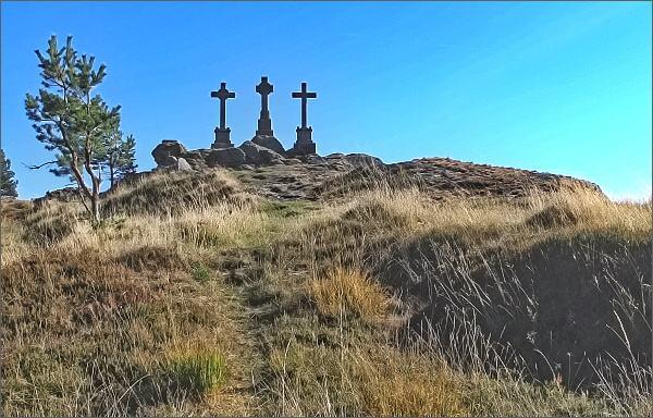 Slavkovský les, U Tří křížů