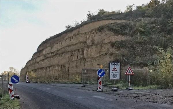 Odstraněný sesuv na silnici do Pavlova