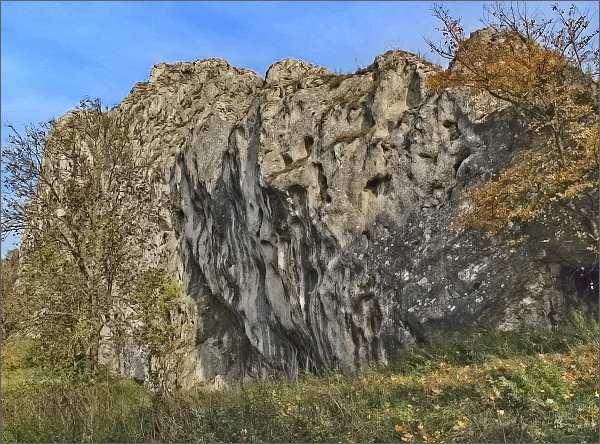 Vápencová bradla nad Soutěskou