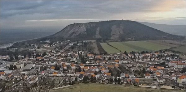 Braunsberg z hradu Hainburg