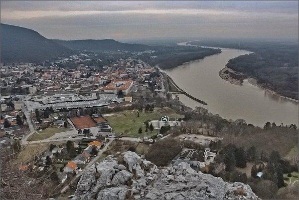 Hainburg a Dunaj z Braunsbergu