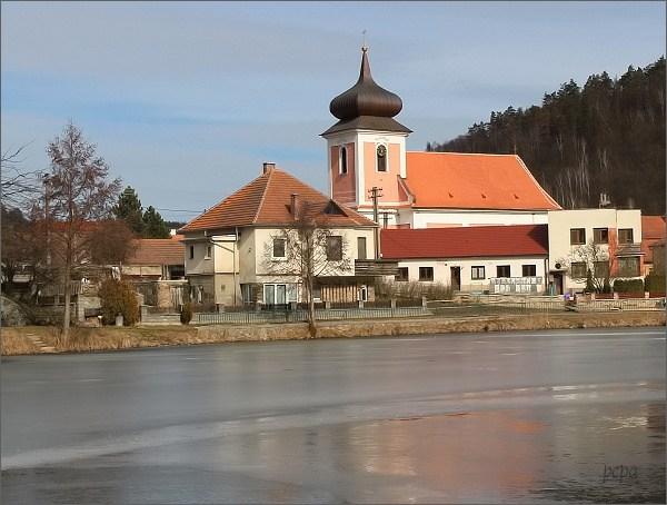 Nedvědice, kostel sv. Kunhuty