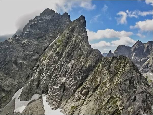 Spádová kopa, Predná a Zadná veža v Malých Rysoch a Malé Rysy z Veľkého Žabieho štítu