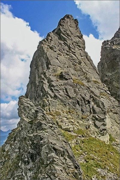 Severozápadní hřeben Druhého Mnícha nad Piargovou štrbinou