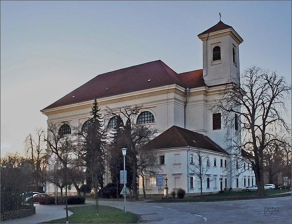 Slavkov u Brna. Kostel Vzkříšení Páně