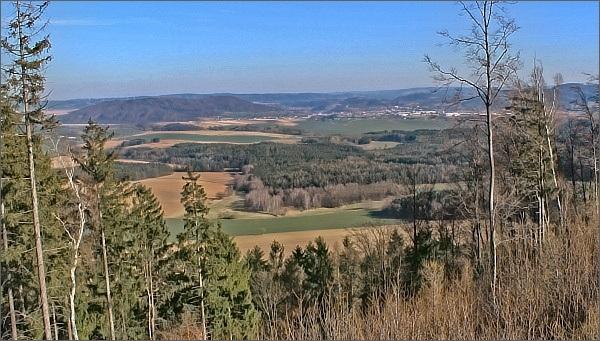 Moravská Třebová a Třebovské hradisko ze Strážného vrchu