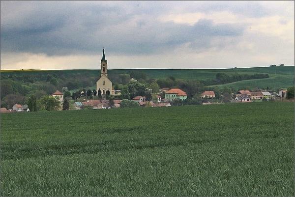 Švábenice s kostelem sv. Michaela archanděla