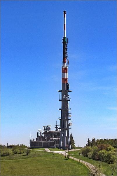 Vysílač na Velké Javořině (výška 131 m)