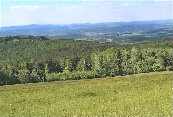 Mikulčin vrch, pohled k Bojkovicím